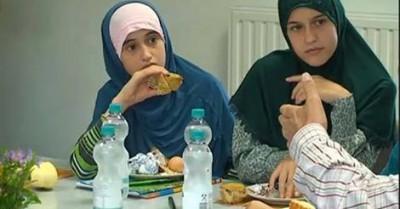 Frühstück mit Flüchtlingen